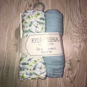 New Kyle & Deena Muslin 2 pack blankets dino